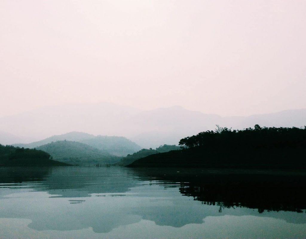 Un lac au vietnam
